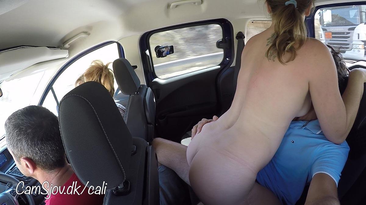 sende bryster Tits på afbetaling